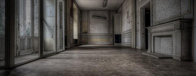 In dit kasteeltje – of een uit de kluiten gewassen villa als je wil – was vroeger een schooltje gehuisvest totdat het moest sluiten omwille van de veiligheid. Jammer voor […]